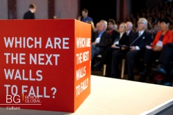 Falling Walls Lab 2016 How to Bring Down Barriers in 3 Minutes.jpg